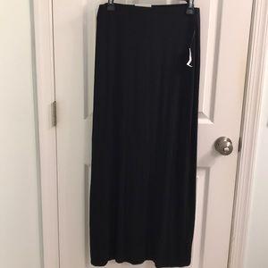 OLD NAVY Black Maxi Skirt Size M
